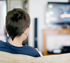 Experts Caution Parents Against Virtual Violence
