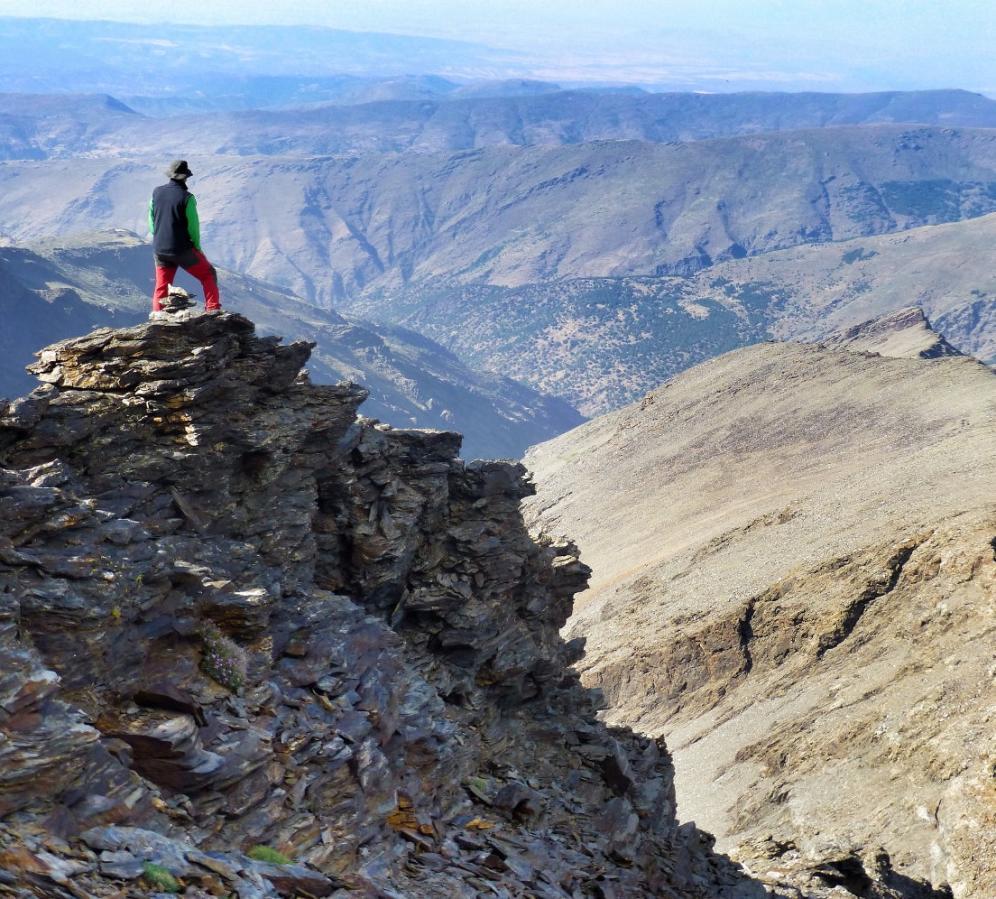 Trekking the High Peak, Sierra Nevada