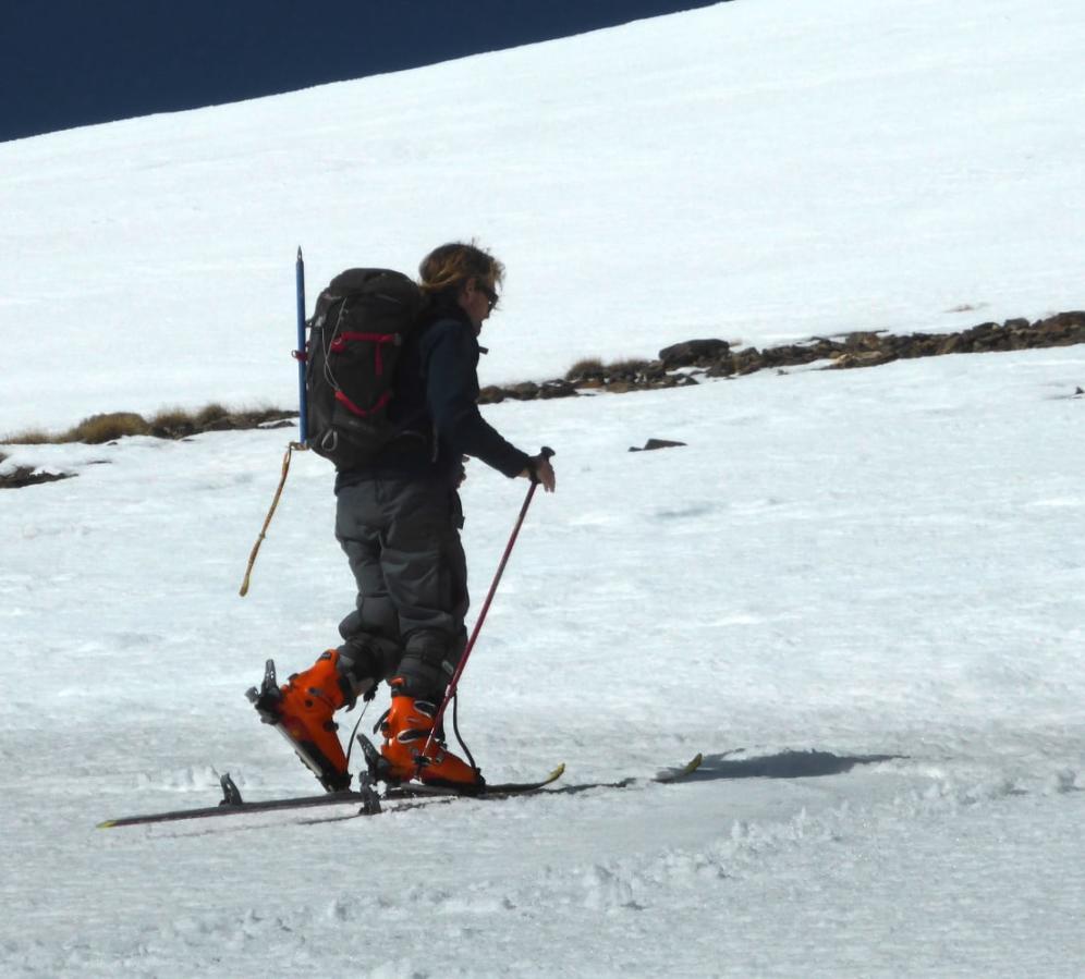 Ski Touring the Sierra Nevada hills