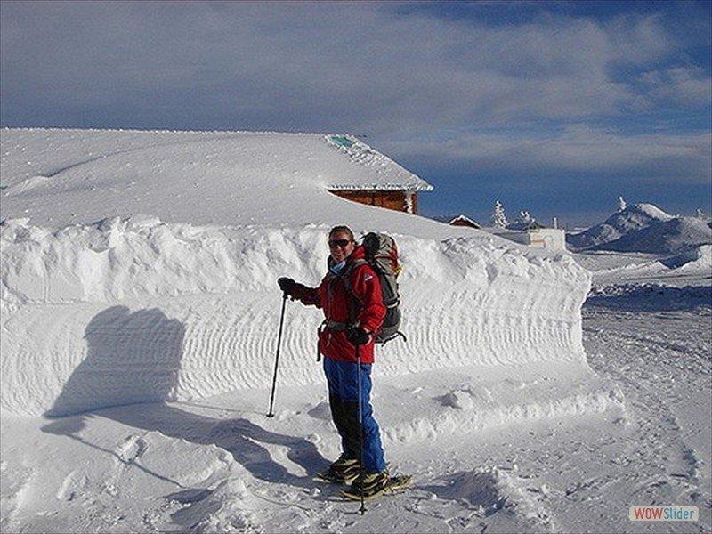 snowshoeing-4_3299486309_m-min