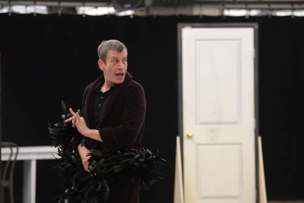 Bobby Smith, standing tall (in heels) in 'La Cage Aux Folles' – The Washington Post