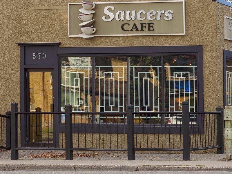 Saucers Café