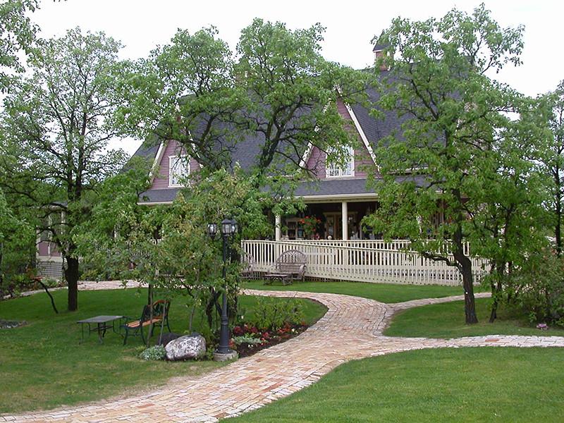 Pineridge Hollow