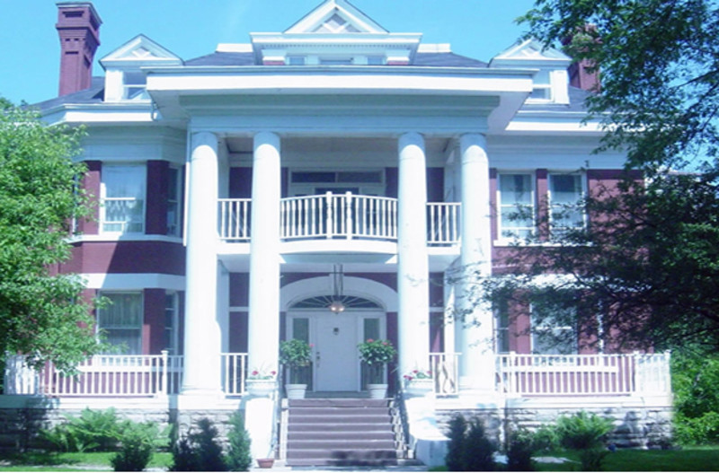The Columns Bed & Breakfast