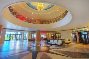 Royal Orchid - Grand Lobby
