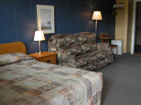 Motel Sous Les Charmilles