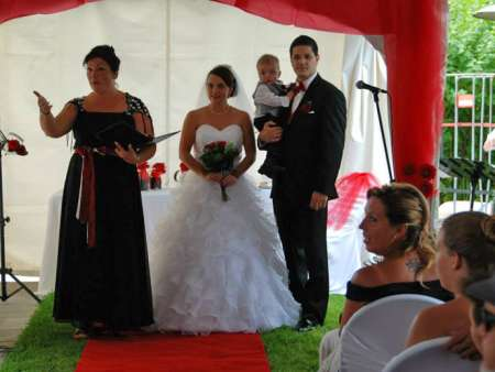 Martine Ricard, célébrante des moments forts de la vie! Naissance - mariage-funérailles