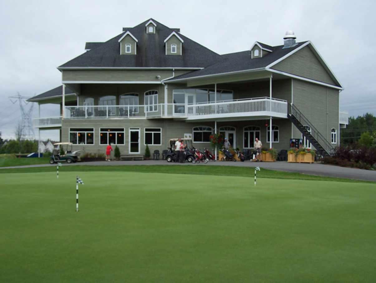 Club de golf royal charbourg golf qu bec ville et r gion - Piscine municipale bourg royal toulon ...