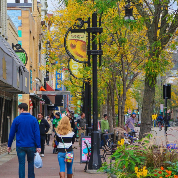 Fall Adventure #10: Experience retail therapy this #FallInMadison on our famous State Street.