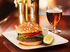 �Burger�/