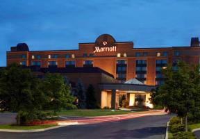�Hotel�/