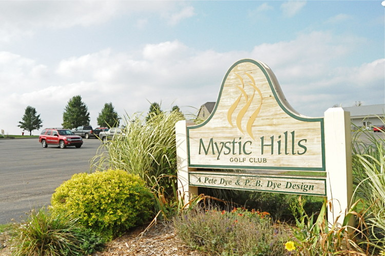 Mystic Hills Golf Course