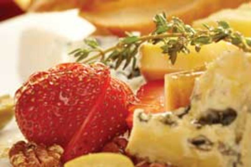 Artisan Cheese at Bluewater Grille