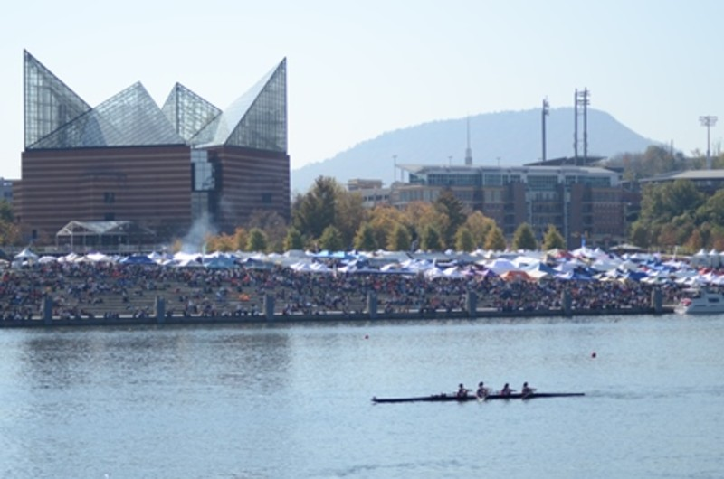 Crowd on Riverfront
