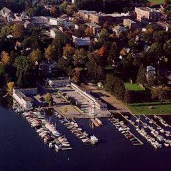 Lake Front Hotel
