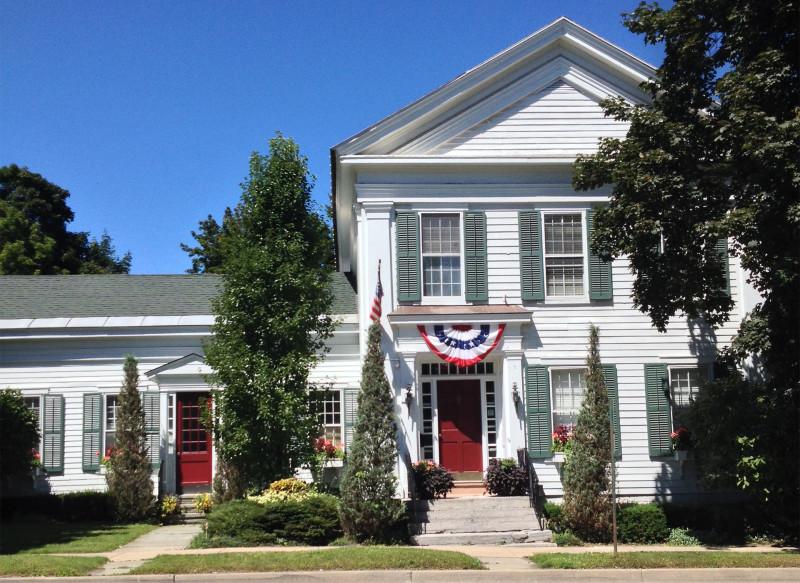 The White House Inn B & B