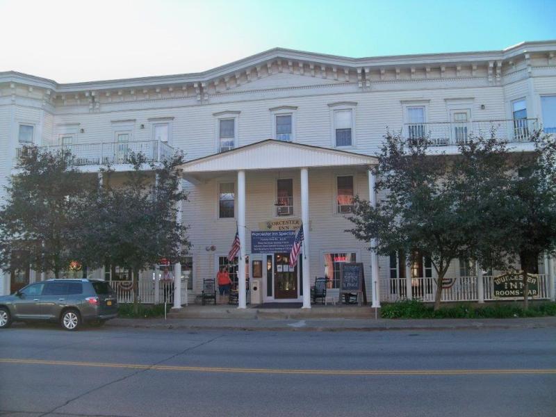 The Worcester Inn, Restaurant & Cafe 151