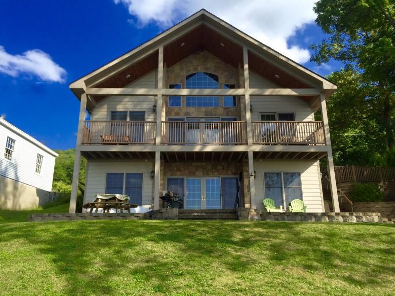 All Star Lake House