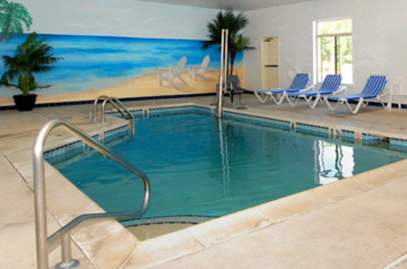 Baymount inn suites hotels explore attraction in for Pool trade show atlantic city