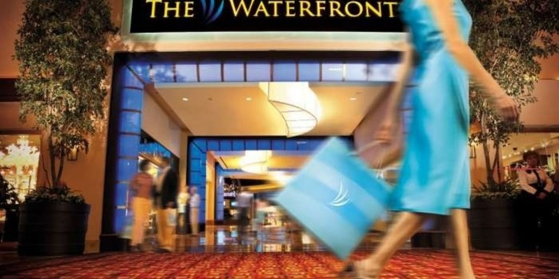 The Waterfront Shops at Harrah's