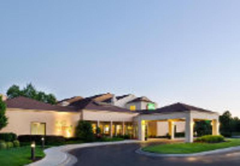 Courtyard by Marriott-OP Metcalf Featured Image
