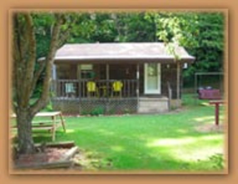 You Are Welcomed To A Comfortable, Serene Vacation Cottage Nestled In The  Mountains Of Western North Carolina. The Central Location Makes ...