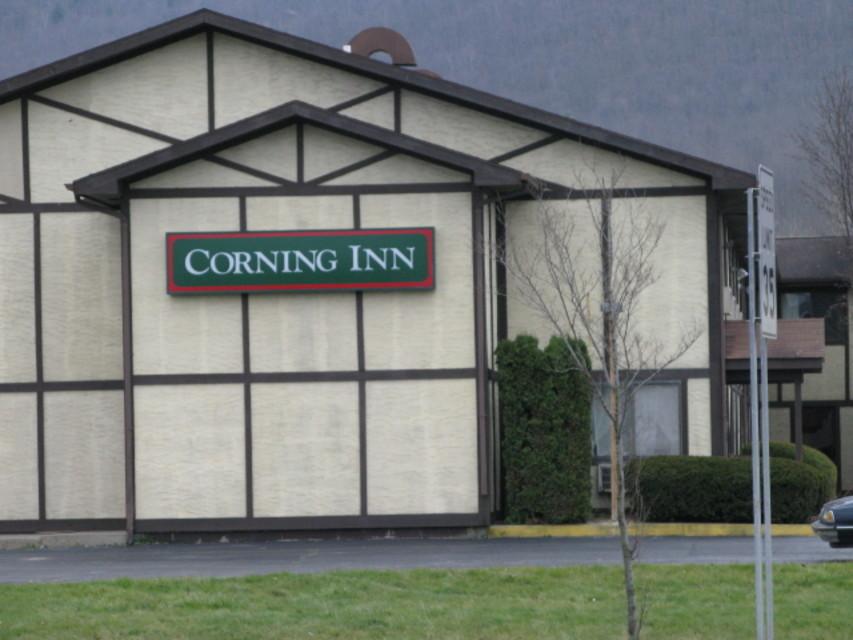 corning ny hotels finger lakes hotels lodging. Black Bedroom Furniture Sets. Home Design Ideas