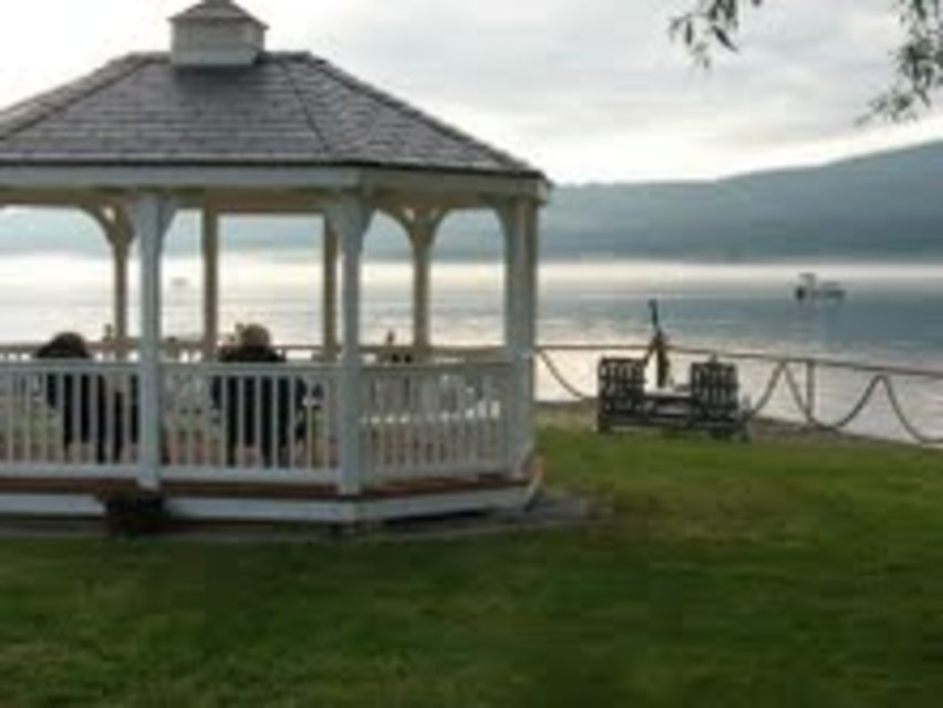 This Inn Offers Newly Renovated Comfortable Accommodations And Spectacular Views With An On Site Boat Launch Hammondsport Ny