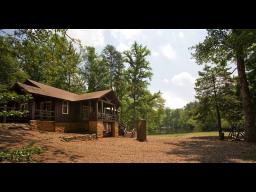 �Camp