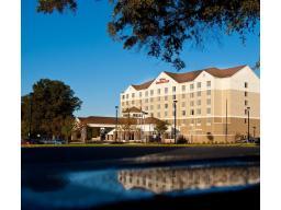 �Hilton