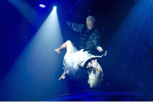 Encore - Levitation