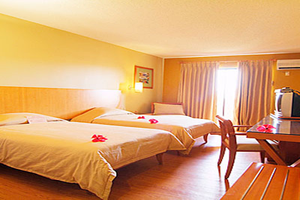 Guam Plaza Hotel int1