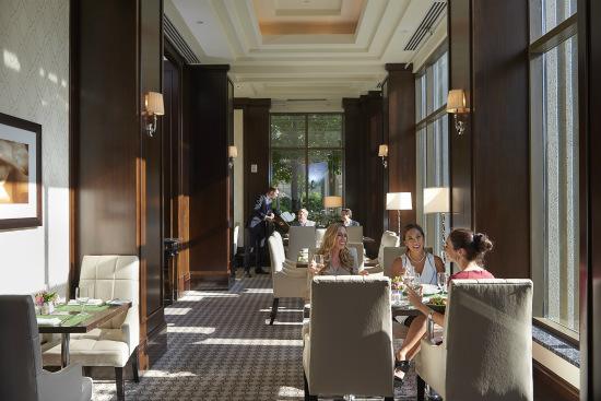 Mandarin Oriental Cafe and Bar
