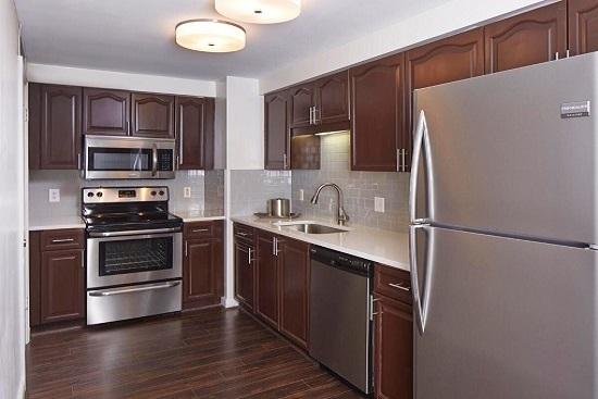 GT Suite Kitchen.jpg