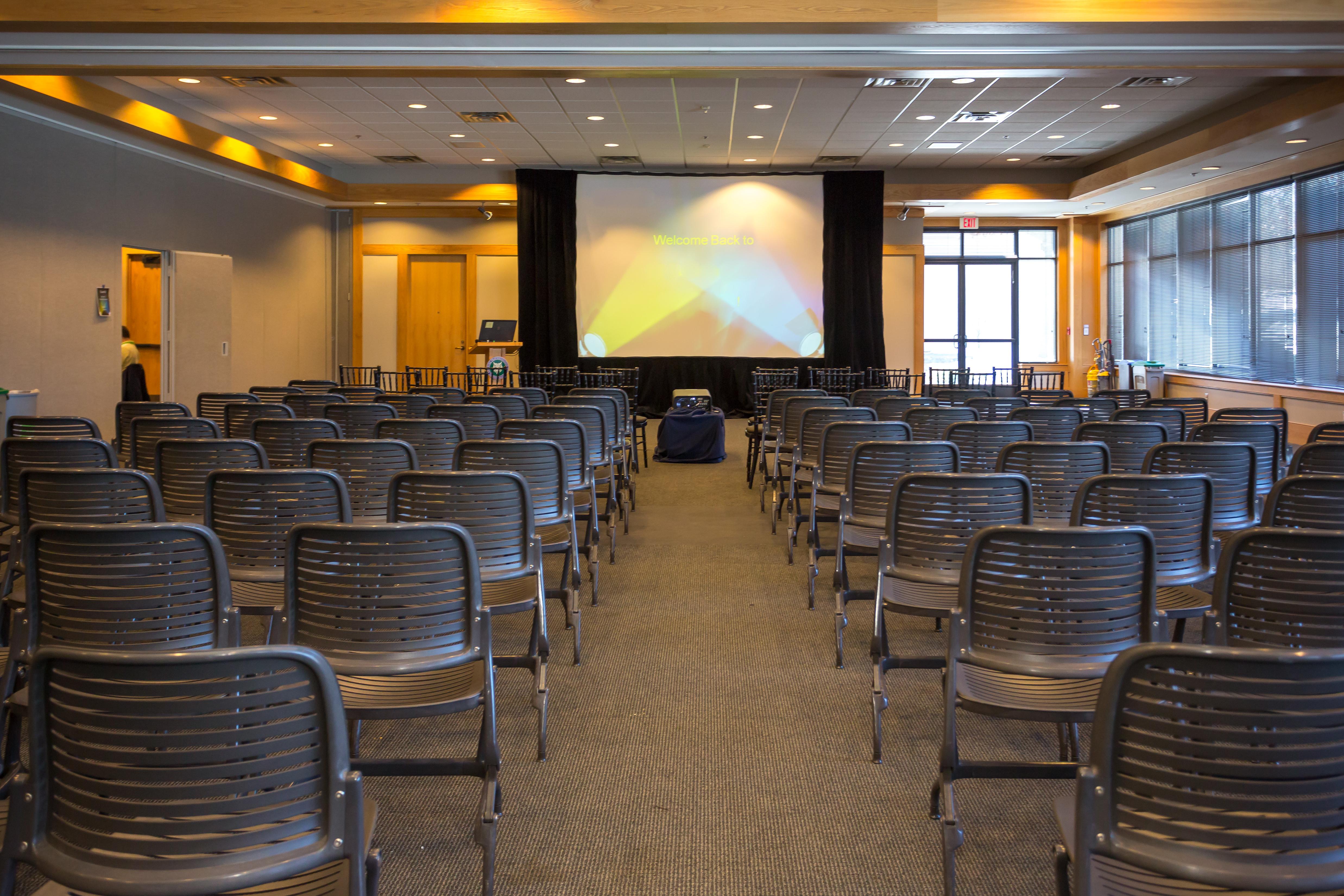 Education Hall Meeting5 B 14E1 4E2A B3ACB37E693AAD72 842fc252 d0f4 4c21 9ac afc3a