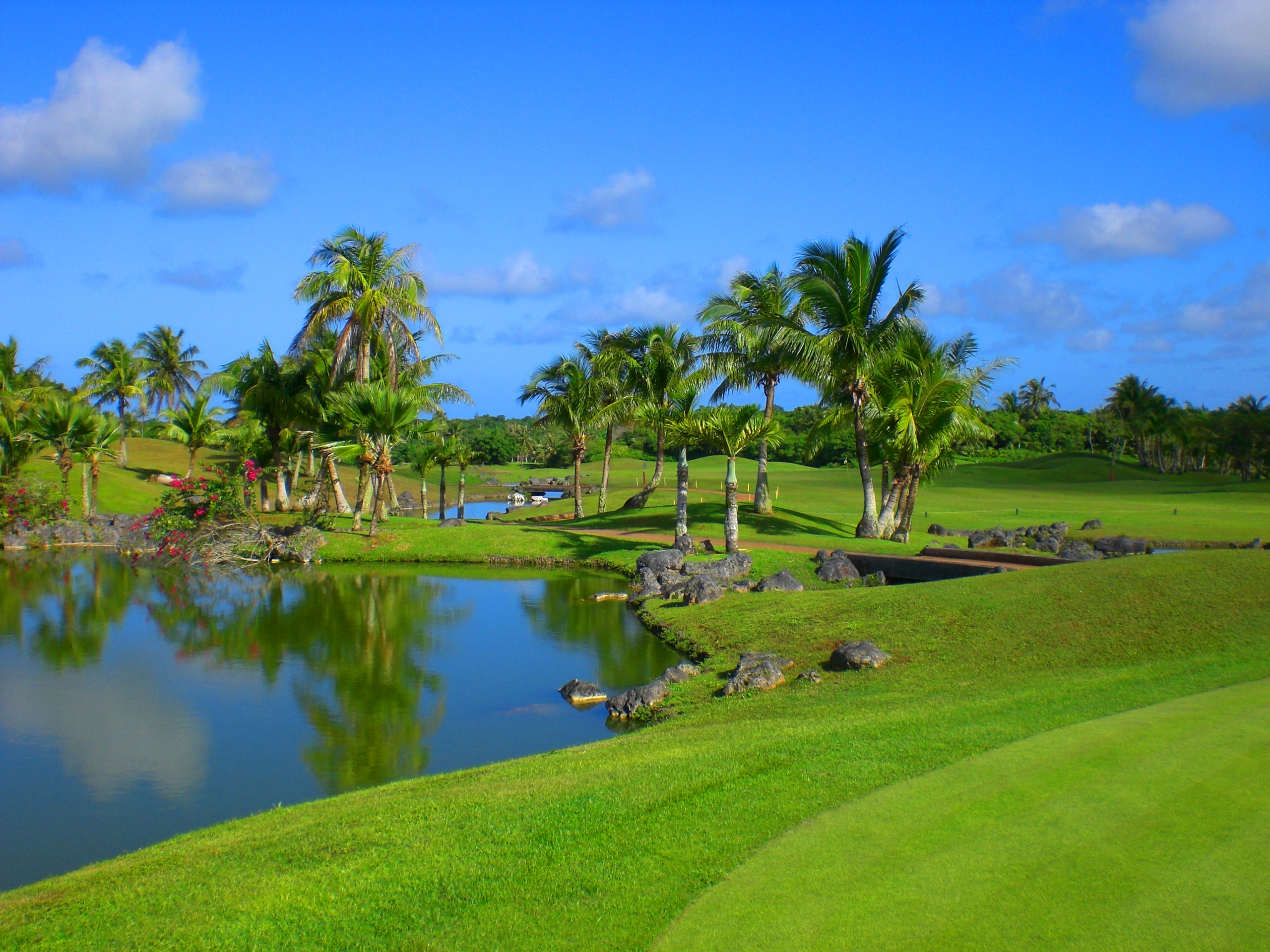 Guam International Country Club Guam - Is guam a country