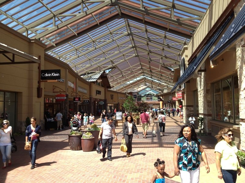 ShopSleuth found 3 outlets near Salt Lake City, UT, with a total of factory stores. There are 0 outlet malls in Salt Lake City, UT, and 3 outlet malls in nearby cities within miles of Salt Lake City, including: Draper (1), Park City (1), Lehi (1).