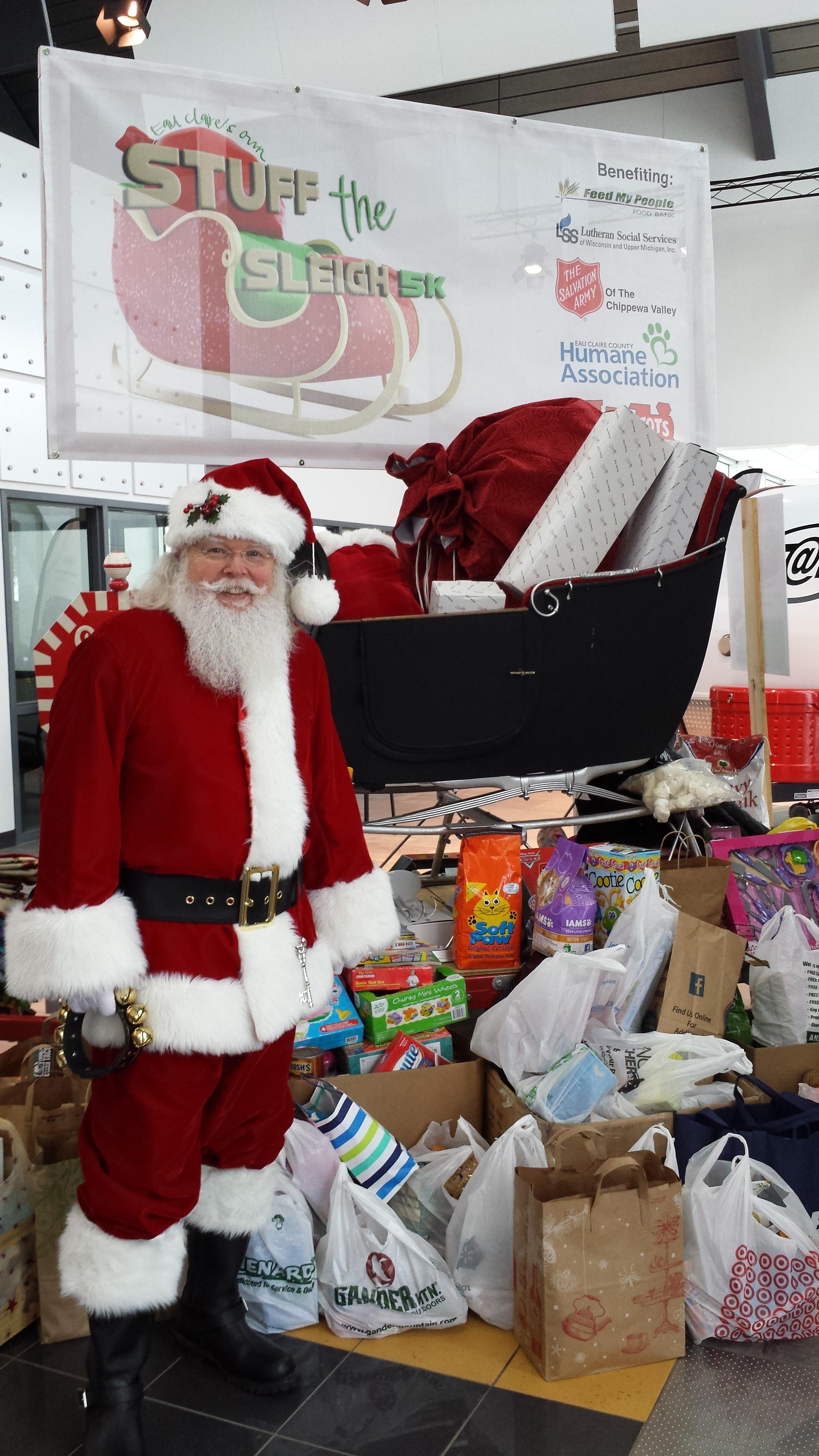 Santa at Stuff the Sleigh 5k