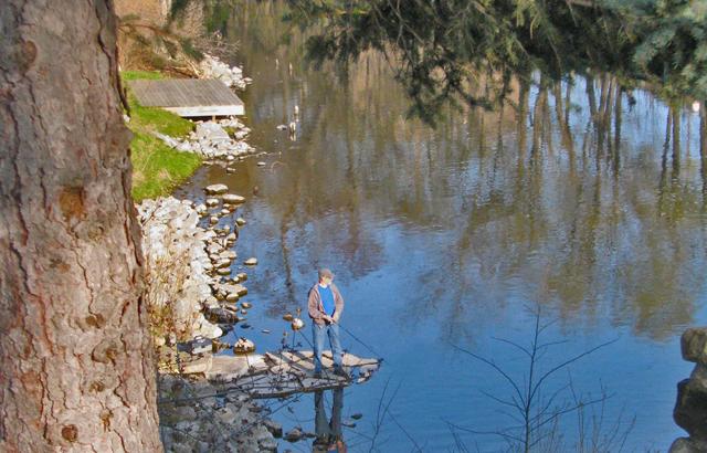 Spring fishing at Hannah Park