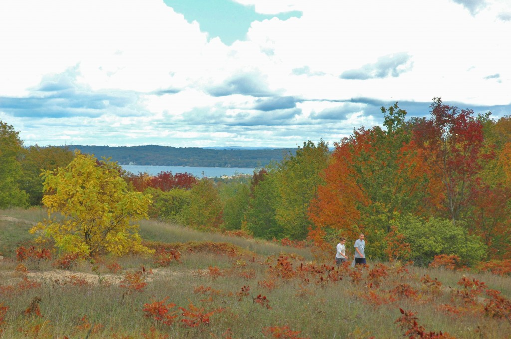Hiking high above Traverse City on the Old Orchard Trail