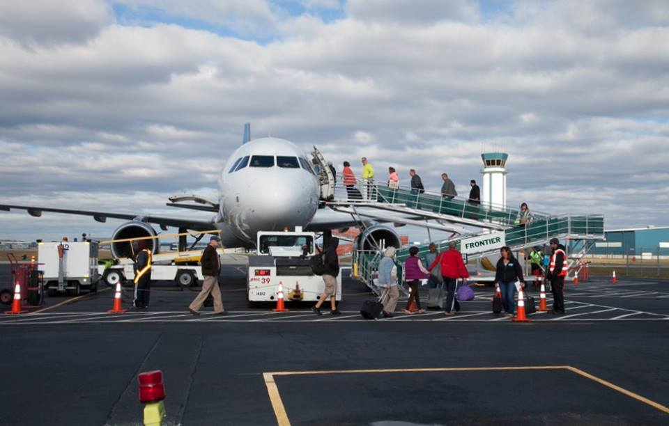 Wilmington Airport Frontier Airlines