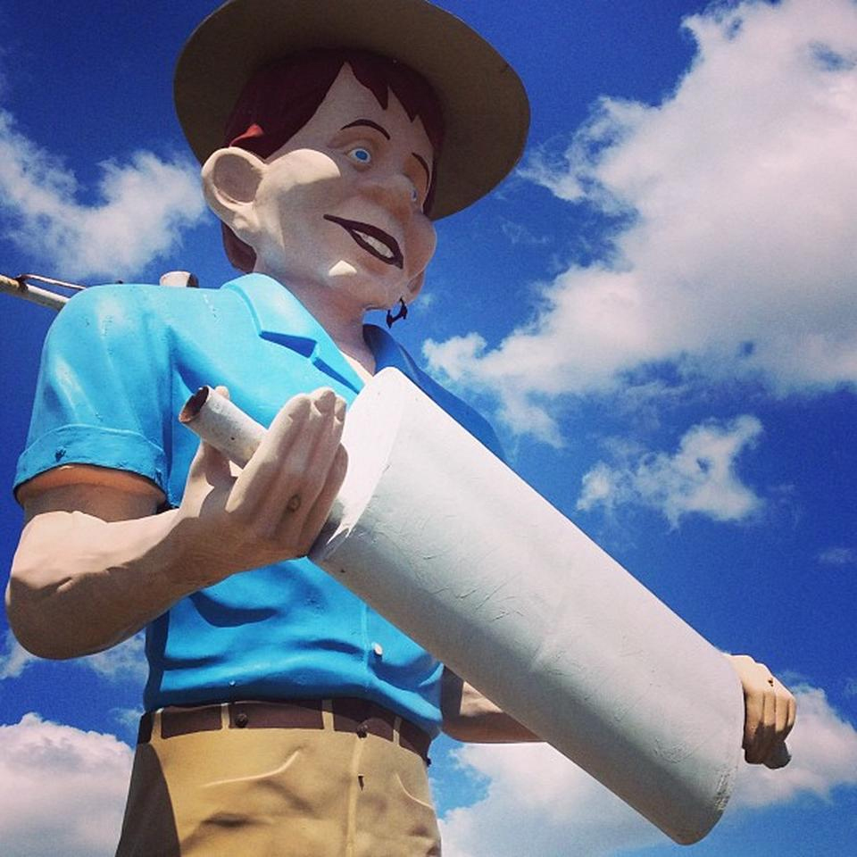 Muffler Man in Beaumont