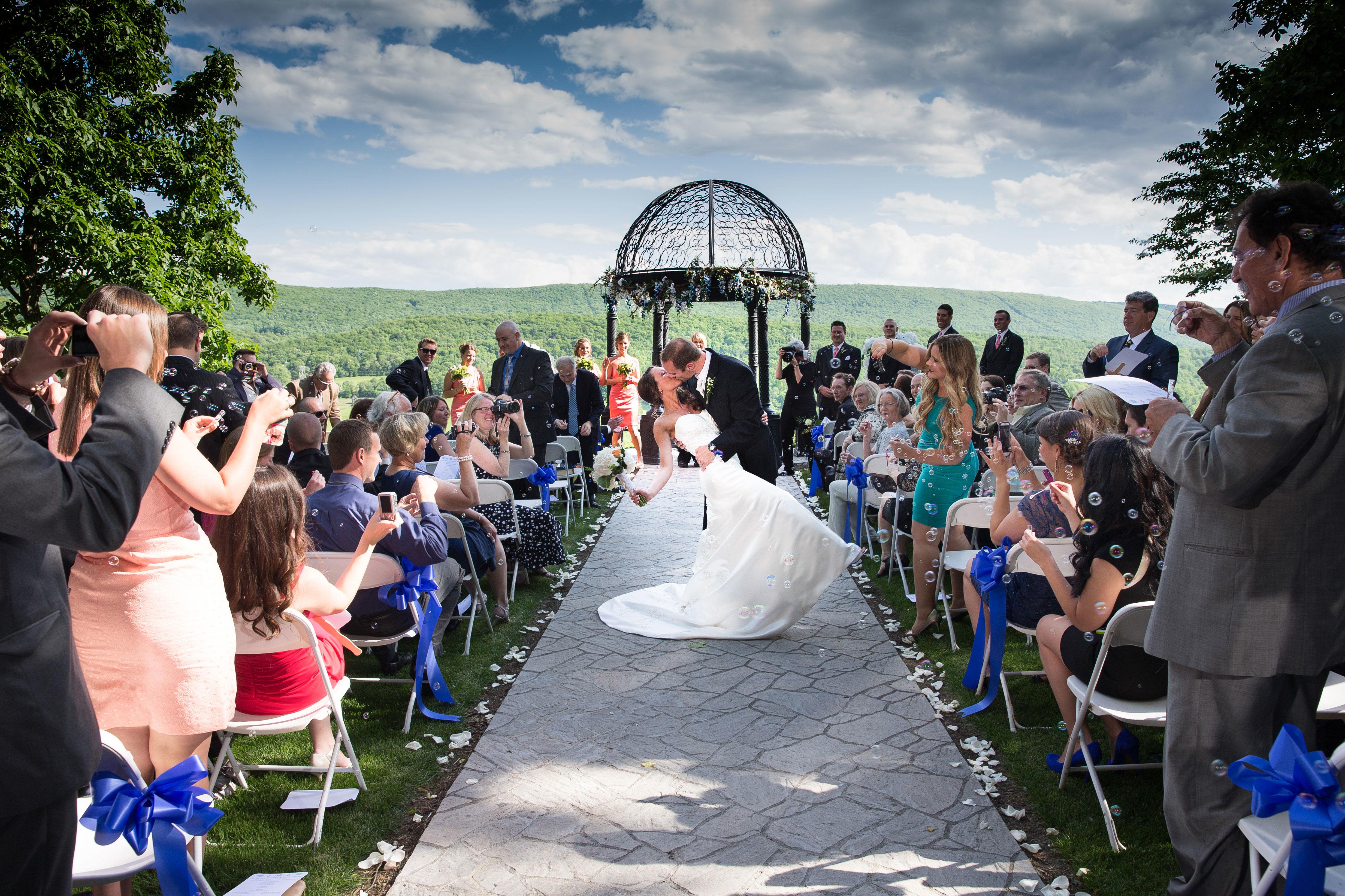Weddings in Pocono Mountains | Reception, Ceremony, Location