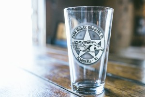 Glass courtesy of Dark Horse Brewing Company