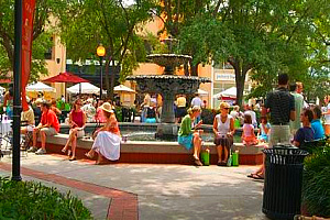 Olde Hyde Park Village in Tampa has plenty of shopping and dining for everyone looking for things to do in Tampa Bay!