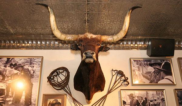 Western heritage guide to houston houston trip ideas - Ranch americain poet interiors houston ...