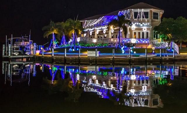 Christmas Lights Canal Cruise