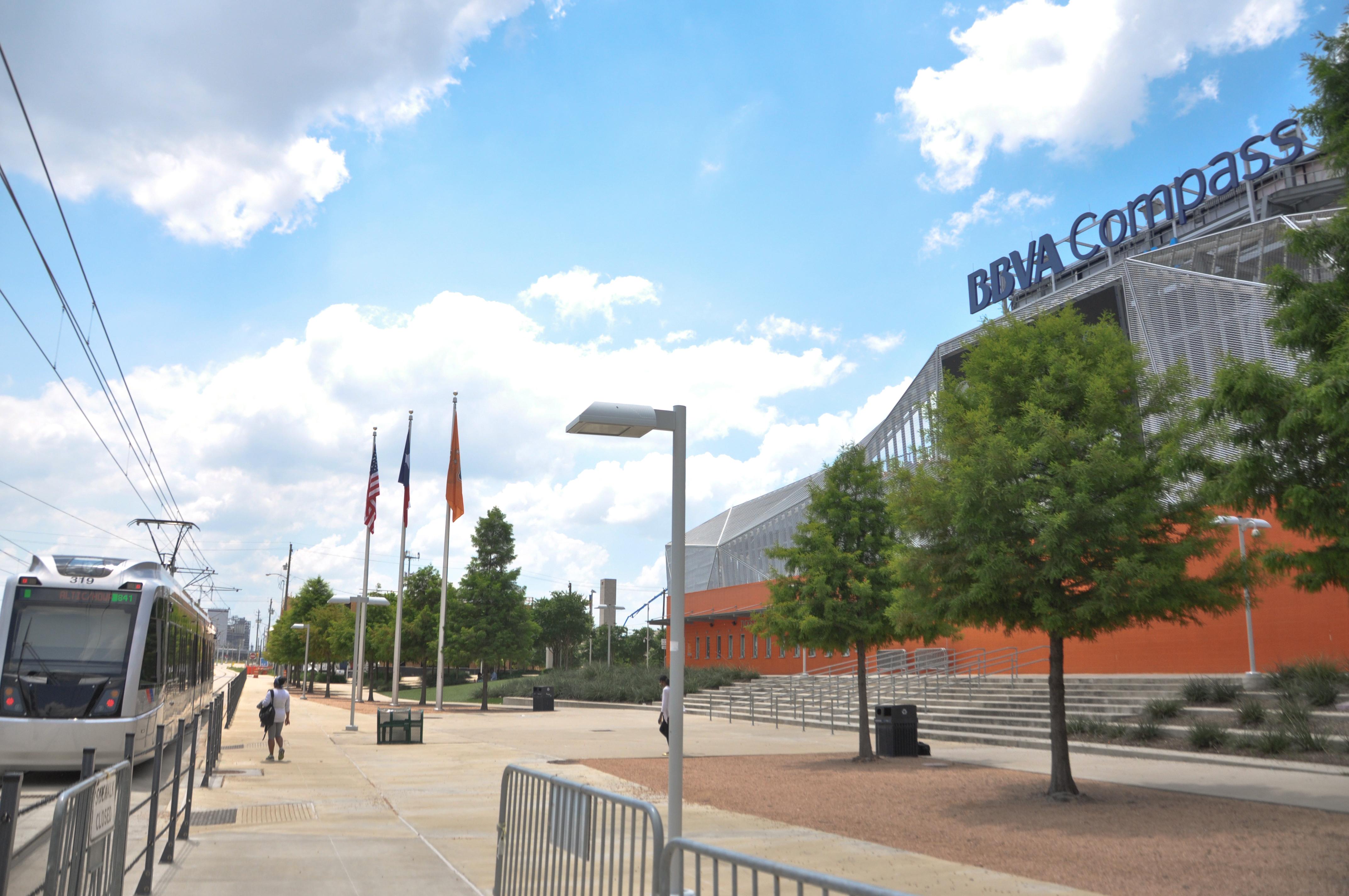 bbva compass stadium metro rail