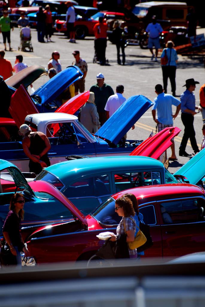Gearing Up For Car And Bike Show In Downtown Stillwater - Car and bike show