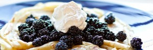 Crepes-with-berries